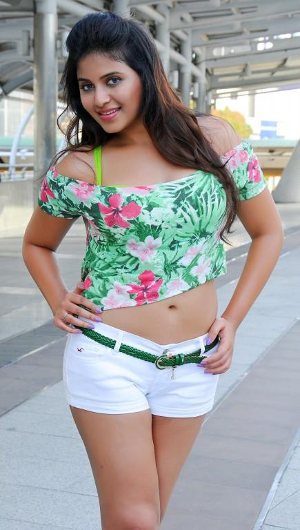 Anjali sizzling tempting Image collection