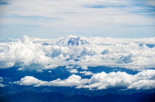 Mount Rainier by Daniel Rubin