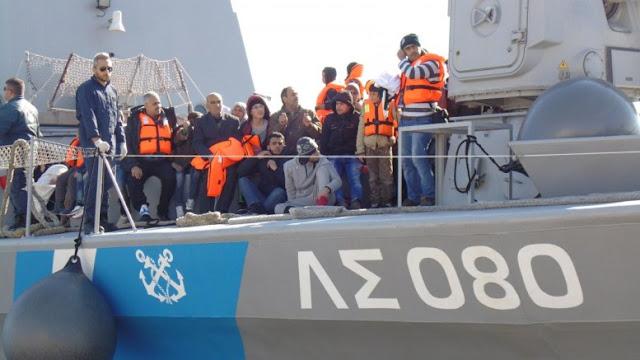 Στις φυλακές Ναυπλίου οι τρεις αλλοδαποί που μετέφεραν και εγκατέλειψαν 69 μετανάστες στη Ζάκυνθο