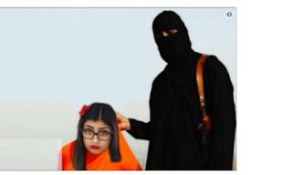"""ميا خليفة Mia Khalifa تدعي ان الدولة الأسلامية """"داعش"""" يهدد  بـ """"قطع رأسها""""… بسبب احد مشاهدها الاباحية بالحجاب."""