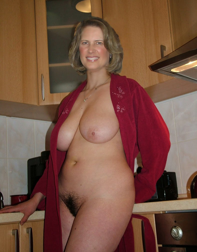 Magnificent words beautiful nude mature wife apologise, but