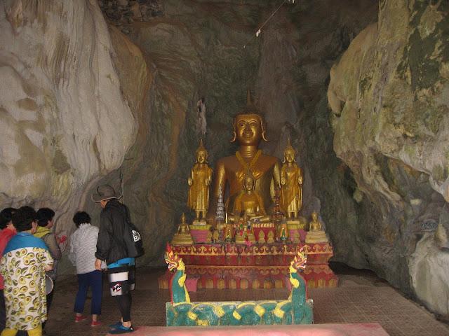 Tham Xang ( Elephant Cave)