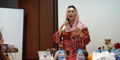 Yenny Wahid Dukung Keinginan Presiden Jokowi Kirim Ketua BEM ke Pedalaman - Info Presiden Jokowi Dan Pemerintah
