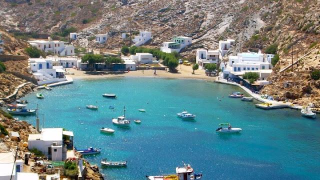Σίφνος: Ελληνική νησιωτική ομορφιά με αμμουδιές, γαλαζοπράσινα νερά και δαντελωτές ακτές (βίντεο)