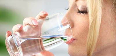 Aç karnına su içtiğinizde başınıza neler gelecek biliyor musunuz? 1