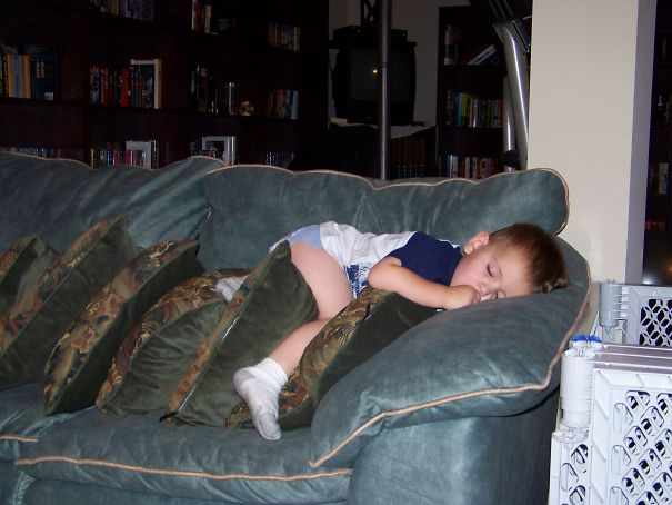 15+ Hilarious Pics That Prove Kids Can Sleep Anywhere - Told Him To Go To Bed....