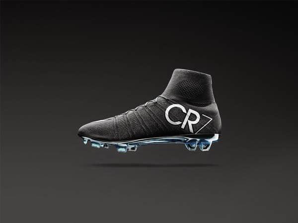 c4e9061a13 Cristiano Ronaldo tenta fazer chuteira preta voltar à moda ~ FutGestão