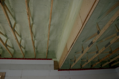 Demiliec Closed cell 2 lb spray foam ceiling insulation  for air tight leak proof roof.