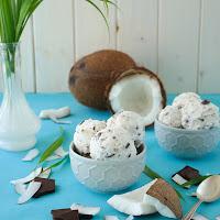 http://siasoulfood.blogspot.de/2015/08/kokos-schokoladen-eis.html