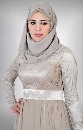 c47350f41a86c Mona erieba is actually an imaginative vogue artist providing a classy as  well as moderate assortment of veiled garments: informal, soiree, evening  hijab, ...