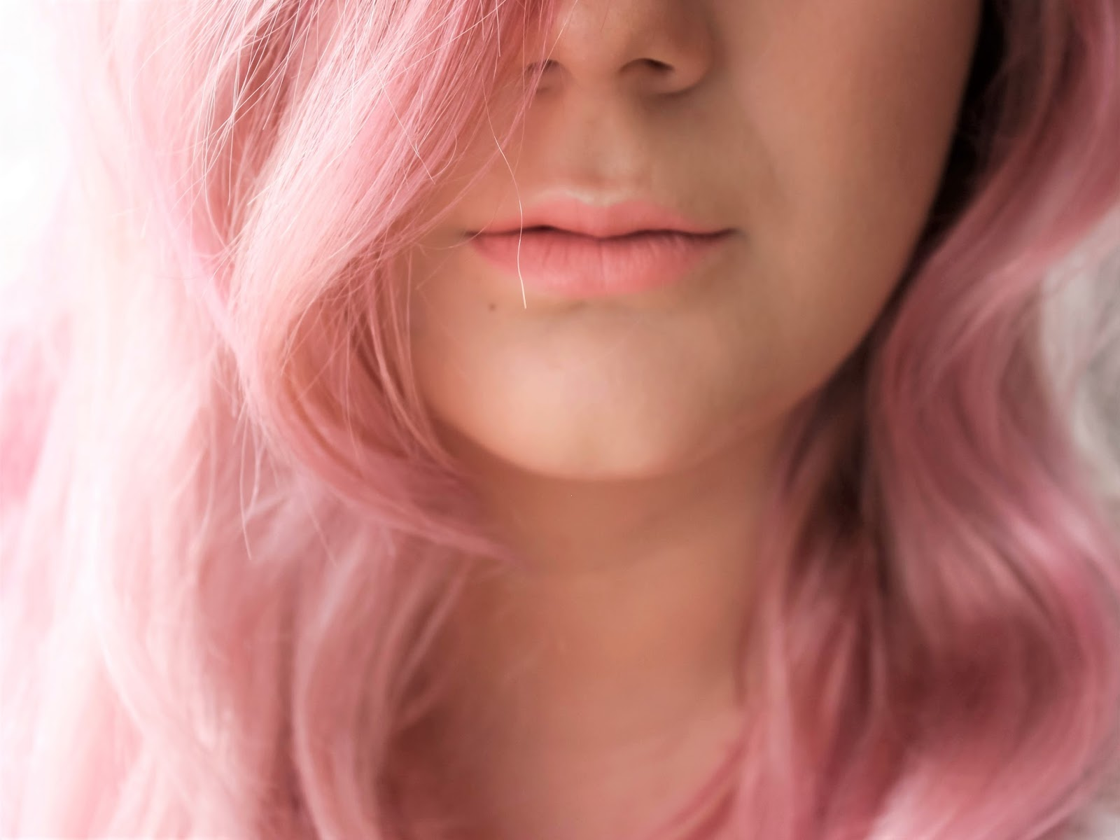 barevná maska na vlasy pink pop