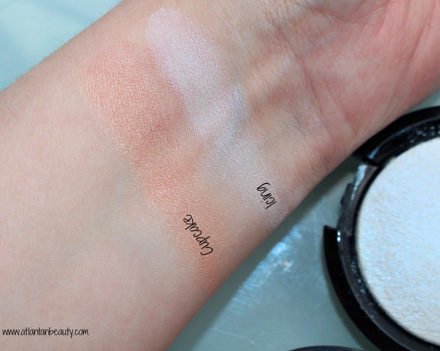 AOA Studio Wonder Baked Highlighters Swatches