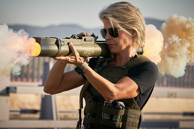 "Trailer de ""O Exterminador do Futuro: O Destino Sombrio"" prova que Sarah Connor é imparável"