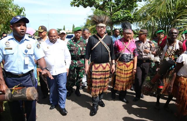 Tjahjo Kumolo Kunjungi Masyarakat Perbatasan Sota Merauke