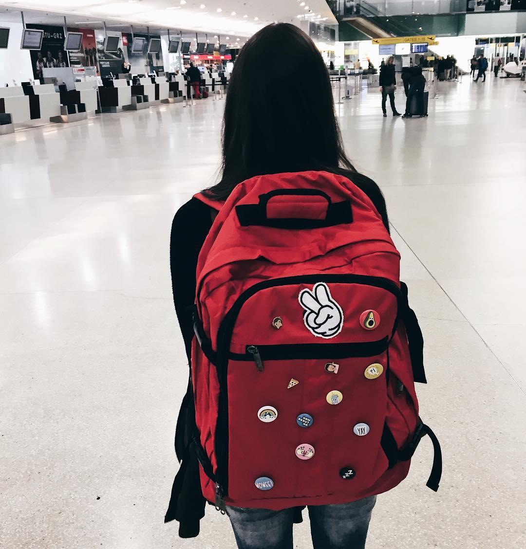 jak podróżować na własną rękę, plecak, bagaż podręczny, blog lifestyle