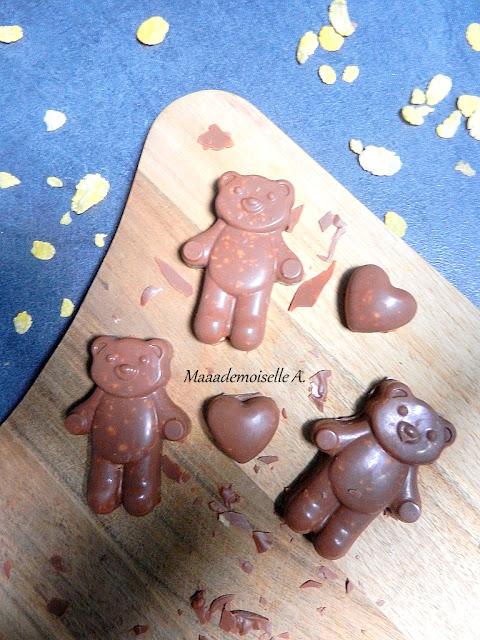|| Oursons et coeurs maison au chocolat, fourrés aux pétales de maïs