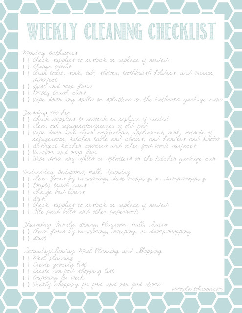 Here's are a bunch of free printable cleaning checklists! I included weekly, daily, and monthly printable cleaning schedules, along with a laundry chart, too!