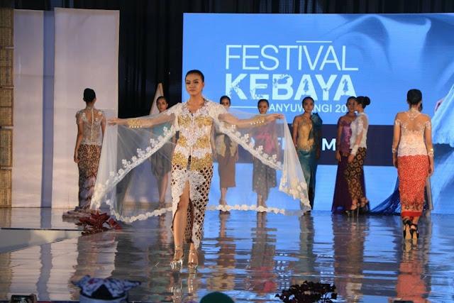 Ada 100 Busana Di Festival Kebaya Banyuwangi 2018