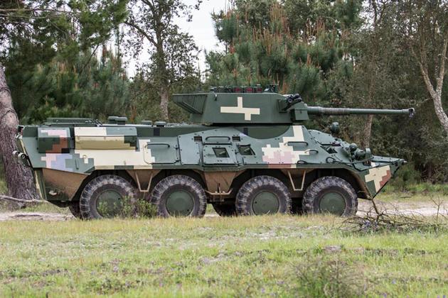БТР-3E1 з бойовим модулем Cockerill CSE 90LP, який озброєний 90-мм гарматою