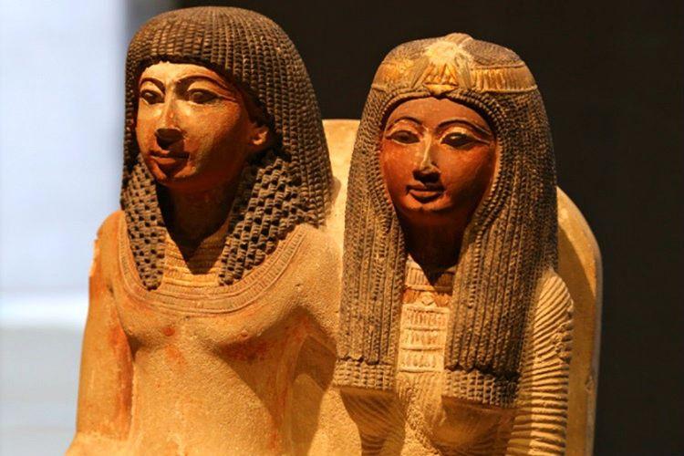 Hatşepsut, I. Thutmose karısıydı ve kocası öldüğünde yeni hükümdarın kendisi olmasını istiyordu.