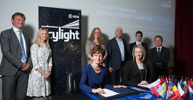 Magali Vaissiere, ESA Director of Telecommunications and Integrated Applications, and Nicole Robinson, SVP Global Government, SES Networks, sign the QUARTZ contract on 2 May 2018 in Toulouse, France. Credit: ESA/Grimault