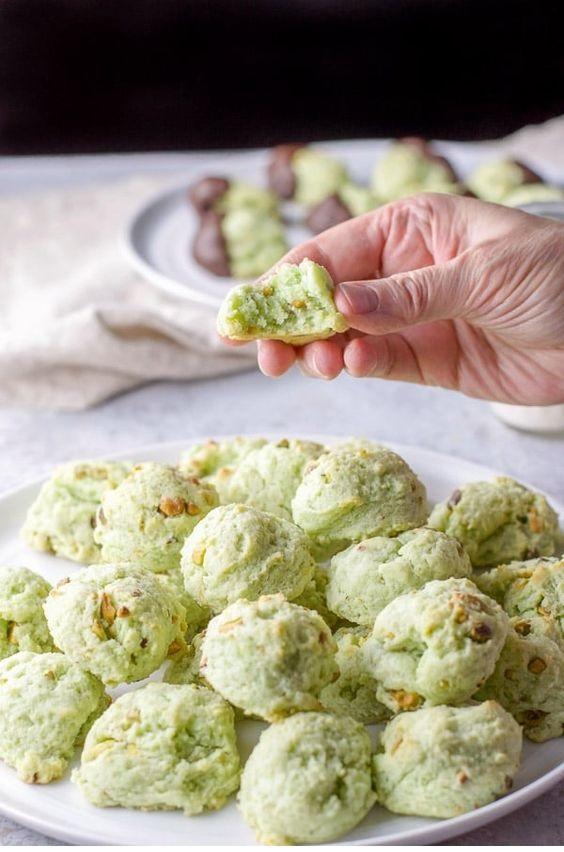 Cream Cheese Pistachio Cookies