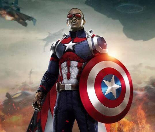Falcão trajado como Capitão América