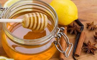 Μέλι, κανέλα οι θεραπευτικές τους ιδιότητες