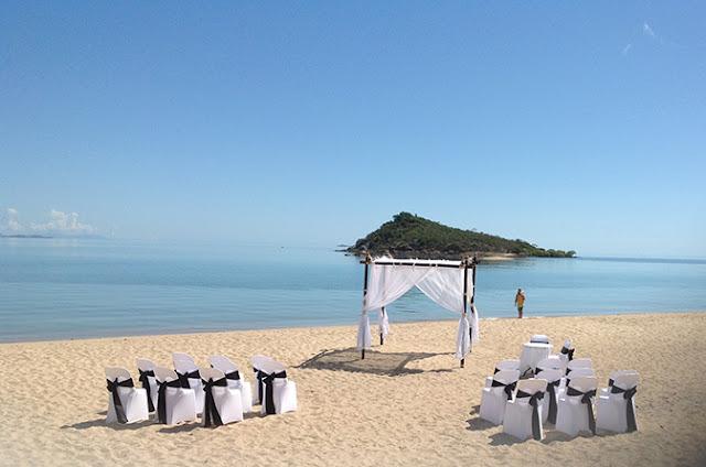 Beach wedding venues sunshine coast queensland