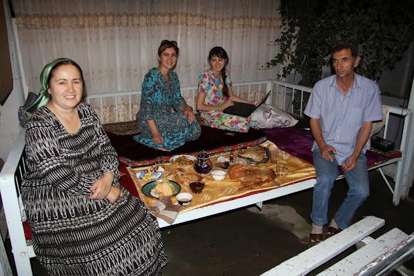 Tadjikistan, Douchanbé, Tekstil, tapshan, tapchane, © L. Gigout, 2012