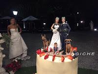 torta matrimonio sculture originali statuette sposi fatte artigianali orme magiche