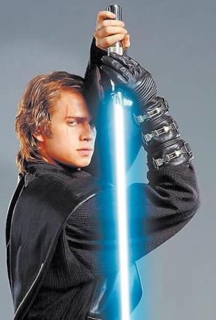 Foto de Anakin Skywalker de Star Wars con cicatriz