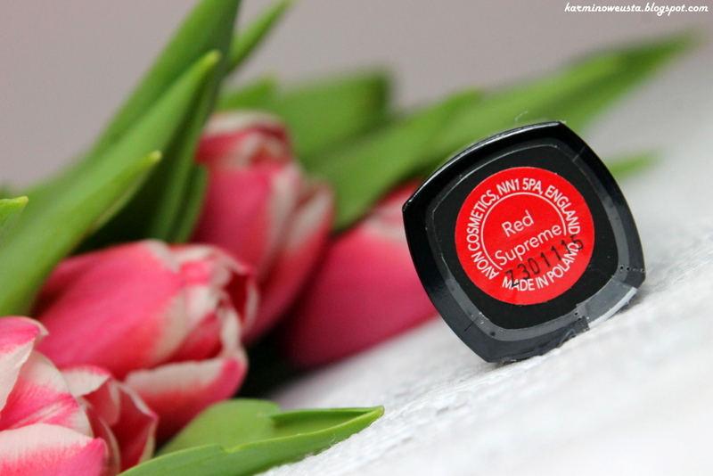 szminka Avon Perfectly Matte Red Supreme