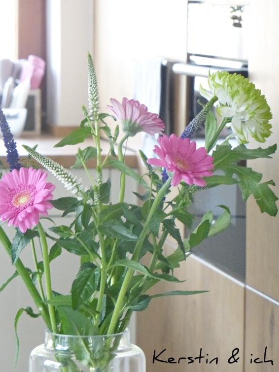 Küchendeko offene Küche Blumen