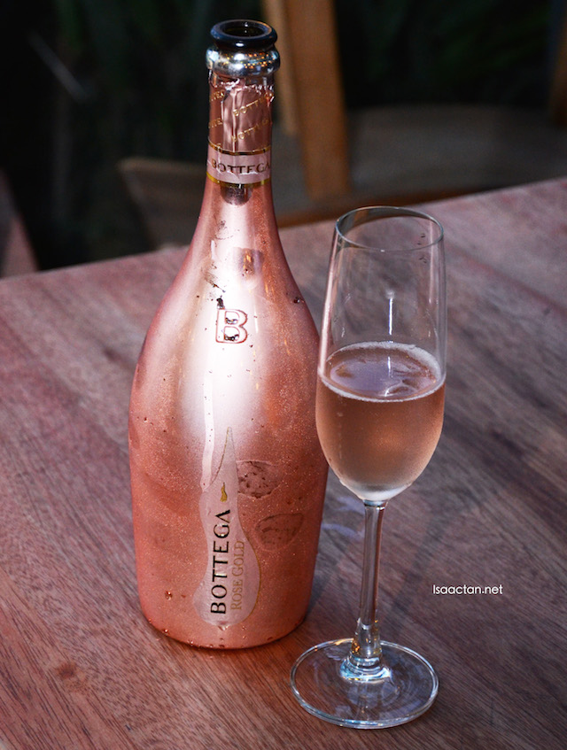 Bottega sparkling wine