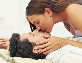 romentic kiss seen benefits of kiss lip lop kiss photo