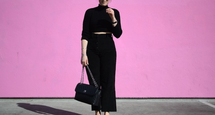 Forever 21 crop top, Aritzia Wilfred Free crop wide leg trousers curvy girl outfit idea Vancouver blogger