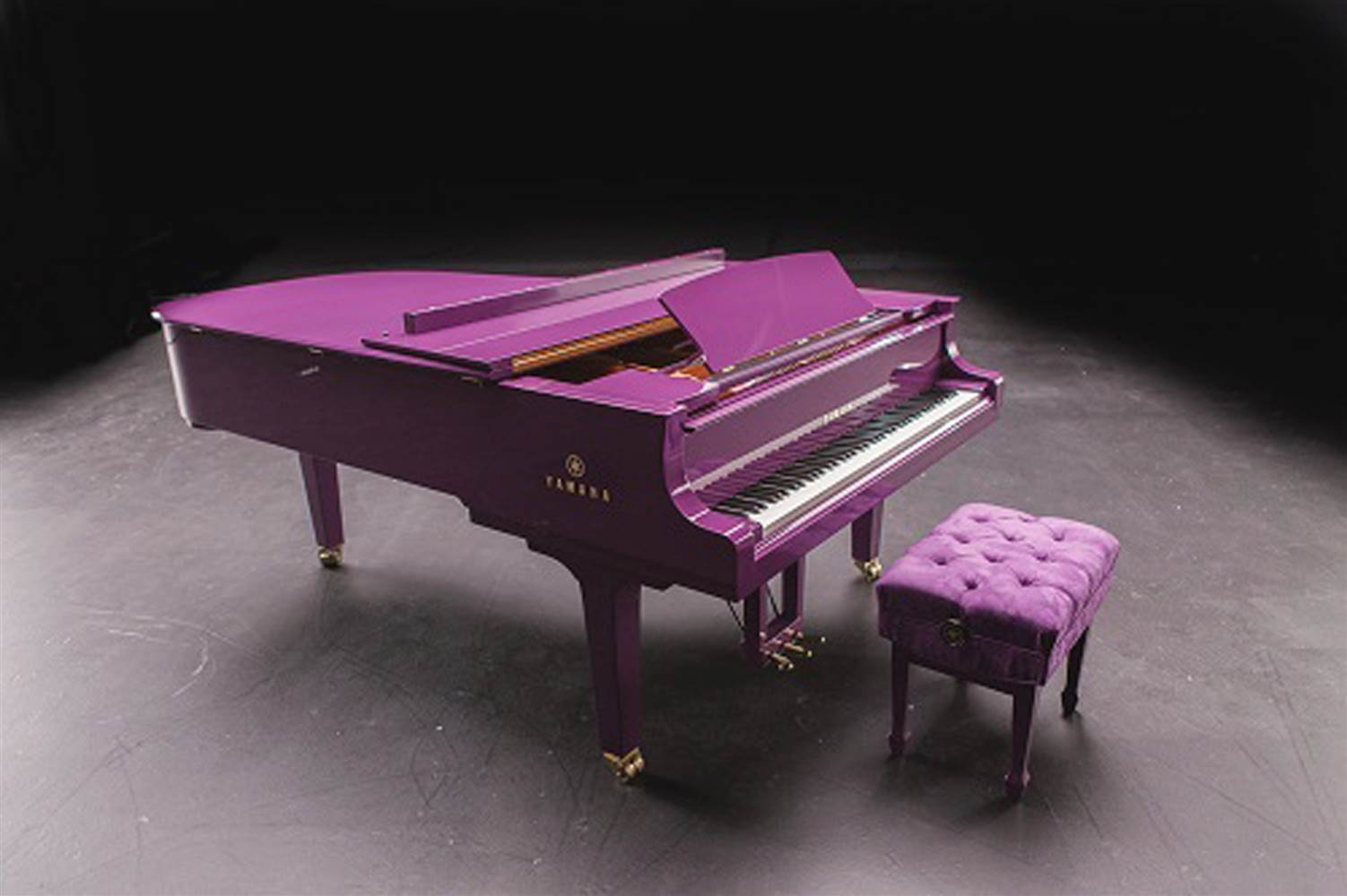 Princes Beautiful Custom Made Purple Yamaha C7z Grand Piano Laser Engraver The Electronic Mercenary