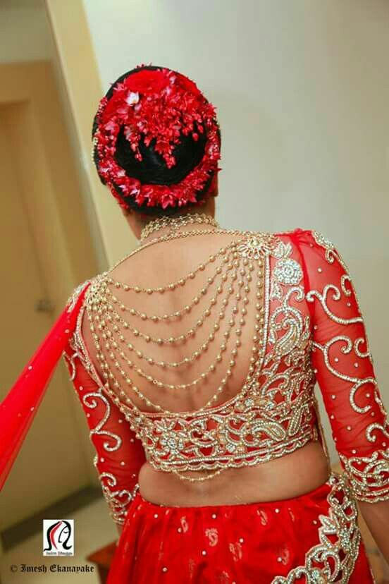 1 Simple Blouse Design With Jewellery On The Back