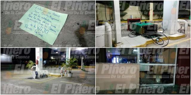 Ataca gasolinera en Loma Bonita; causa destrozos, tira bombas y deja mensaje