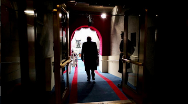 O Τραμπ και η στροφή 180 μοιρών στη Συρία