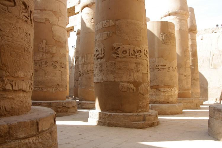 Луксор, Карнакский храм гигантские колонны
