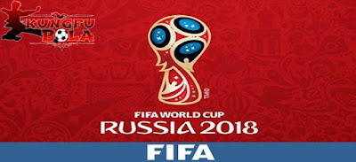 Sejarah Terbentuknya Turnamen Piala Dunia FIFA   Sejarah - Piala Dunia atau FIFA World Cup merupakan turmanen sepak bola ter-akbar yang diadakan oleh FIFA dalam 4 tahun sekali. Piala dunia mempertandingkan pertandingan sepak bola antar negara-negara terhebat dari setiap kawasan atau zona mereka.Tapi apakah ada yang tahu Sejarah Awal Mula Turnamen Piala Dunia FIFA ini ? Apa latar belakang dibuatnya turnamen piala dunia ? Mari simak informasi yang telah  saya rangkum berikut ini :  Sebelum piala dunia dari FIFA ini diselenggarakan, sebenarnya lebih dulu sudah ada sebuah kompetisi atau lebih tepatnya turnamen yang bernama Piala Sir Thomas Lipton pada tahun 1909, turnamen tersebut diadakan di Torino, Italia. Dalam kompetisi tersebut ada 3 peserta yang turut berpartisipasi, mereka adalah Italia, Jerman, dan Swiss, ketiga negara tersebut mengirimkan tim terhebat mereka. Inggris sendiri yang tergabung dalam FA menolak untuk ikut dalam ajang tersebut.  FIFA sebagai Federasi Sepak Bola tertinggi saat itu baru membicarakan rencana mengenai pengadaan kompetisi sepak bola dunia pada tahun 1904, di Paris pada saat itu FIFA baru saja terbentuk, dan pada tahun 1928 rencana tersebut baru dibicarakan dengan matang dan mendapat persetujuan dari Jules Rimet sebagai Presiden Persatuan sepak Bola Prancis atau FFFA, nama Jules Rimet sendiri kini diabadikan dalam bentuk se