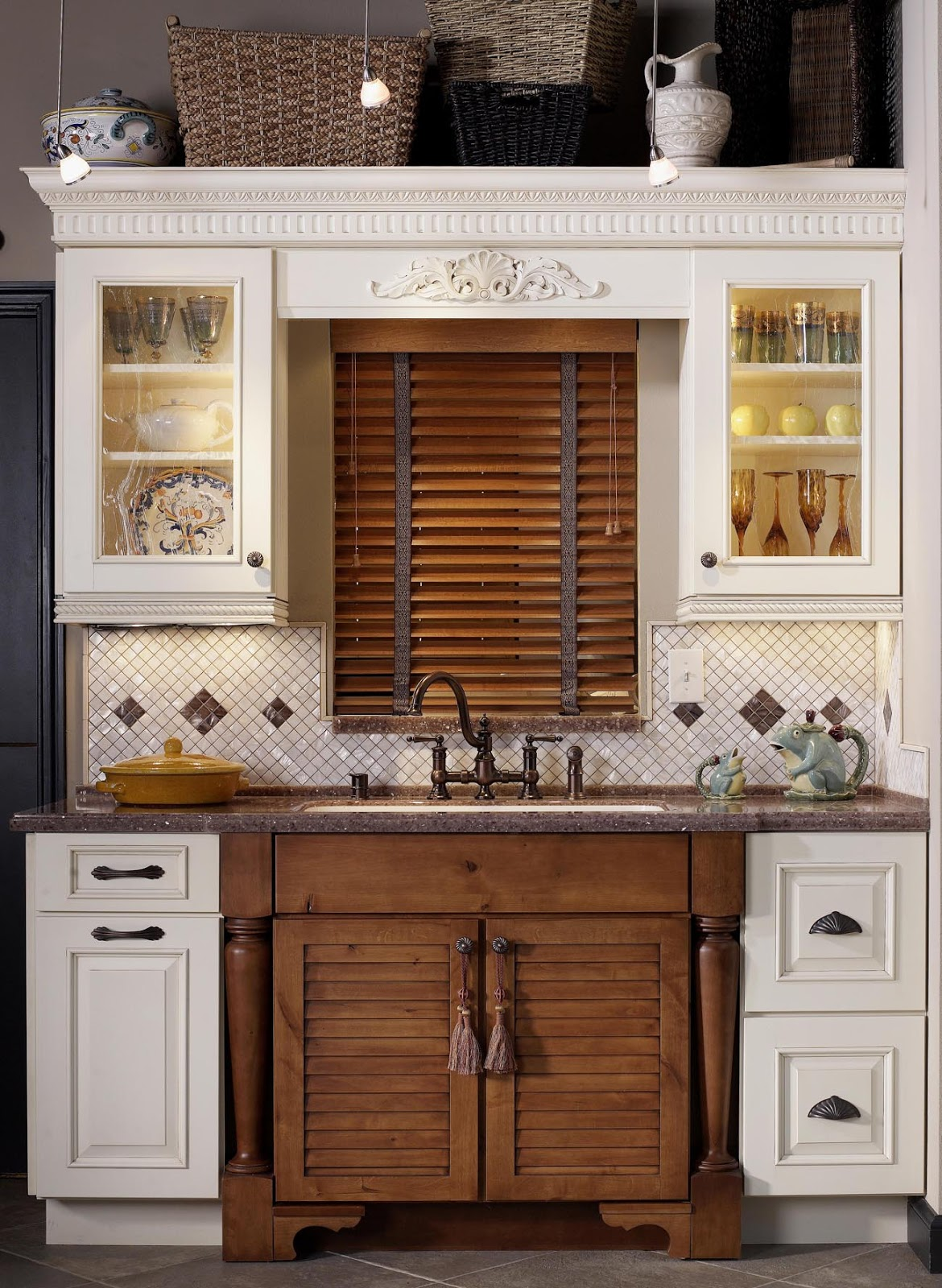Kitchen And Residential Design Tricks To Dress Up Your Cabinets