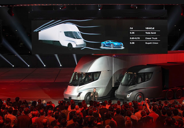 Elon Musk launches the new Tesla Semi Truck