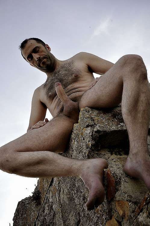 Hairy daddy nude