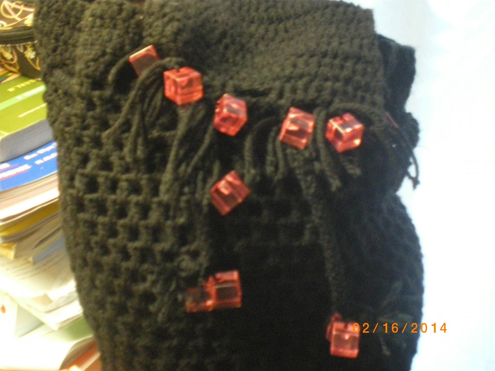 813b08346af Jenny' s lifestory ...: πλεκτή τσάντα πουγκί, με χειροποίητο κορδόνι