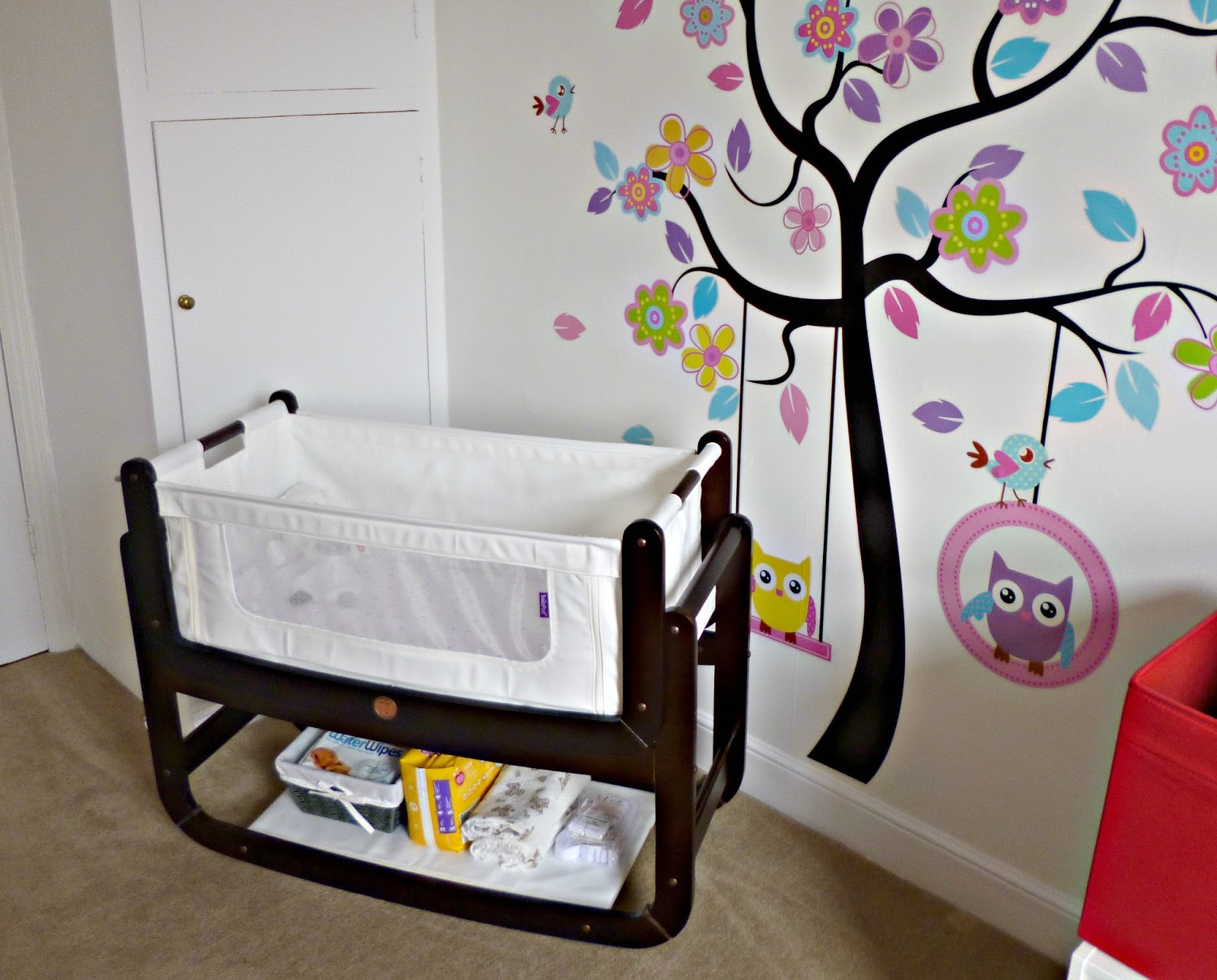Mum and Baby: Snüzpod 3 in 1 bedside crib (co-sleeper) review