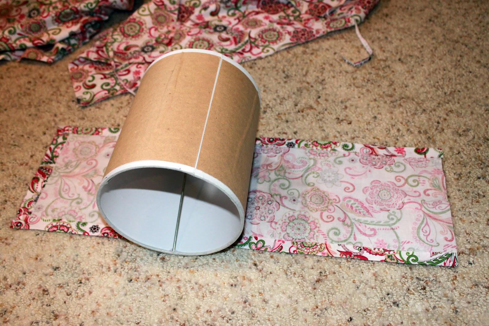 Diy Lampshade Cover Diy Easy Way To Cover Lamp Shades Between3sisters