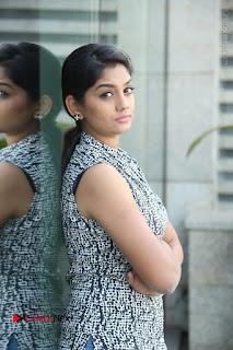 Telugu Television Actress Karuna Latest Pos In Denium Jeans  0074.JPG